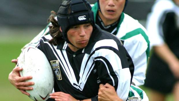 Lorina Papali'i in action for the Kiwi Ferns, whom she represented from 1994 to 2005.