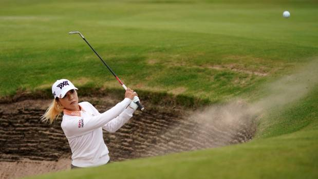 Georgia Hall wins Women's British Open with dad's socks