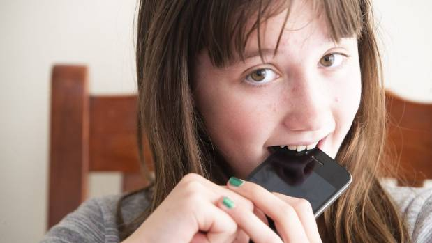 Thirty-one per cent of children use their phones at dinnertime. Ingrid Longstaff, 12, gets a taste of what that means.