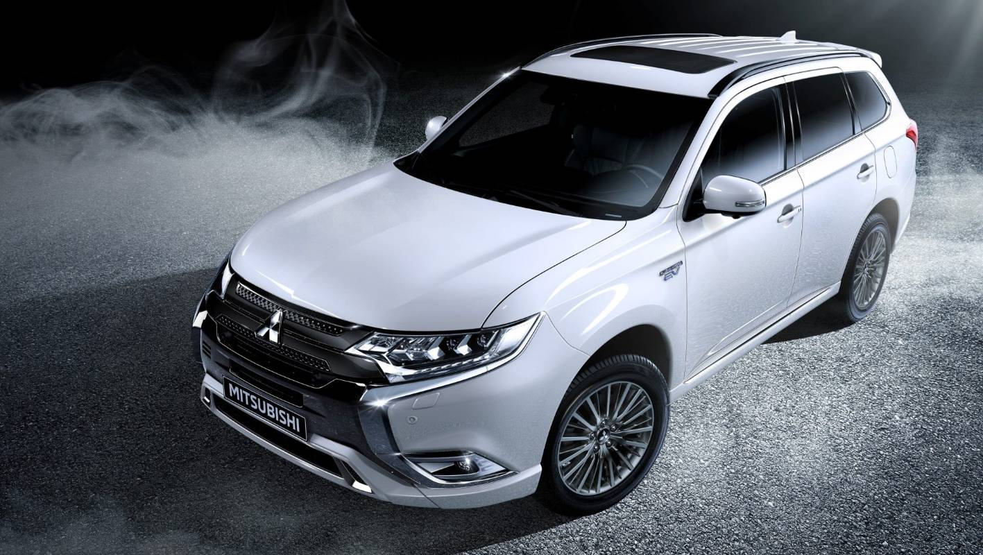 Mitsubishi S Electric Suv Is Now Almost The Same Price As Its Petrol One Stuff Co Nz