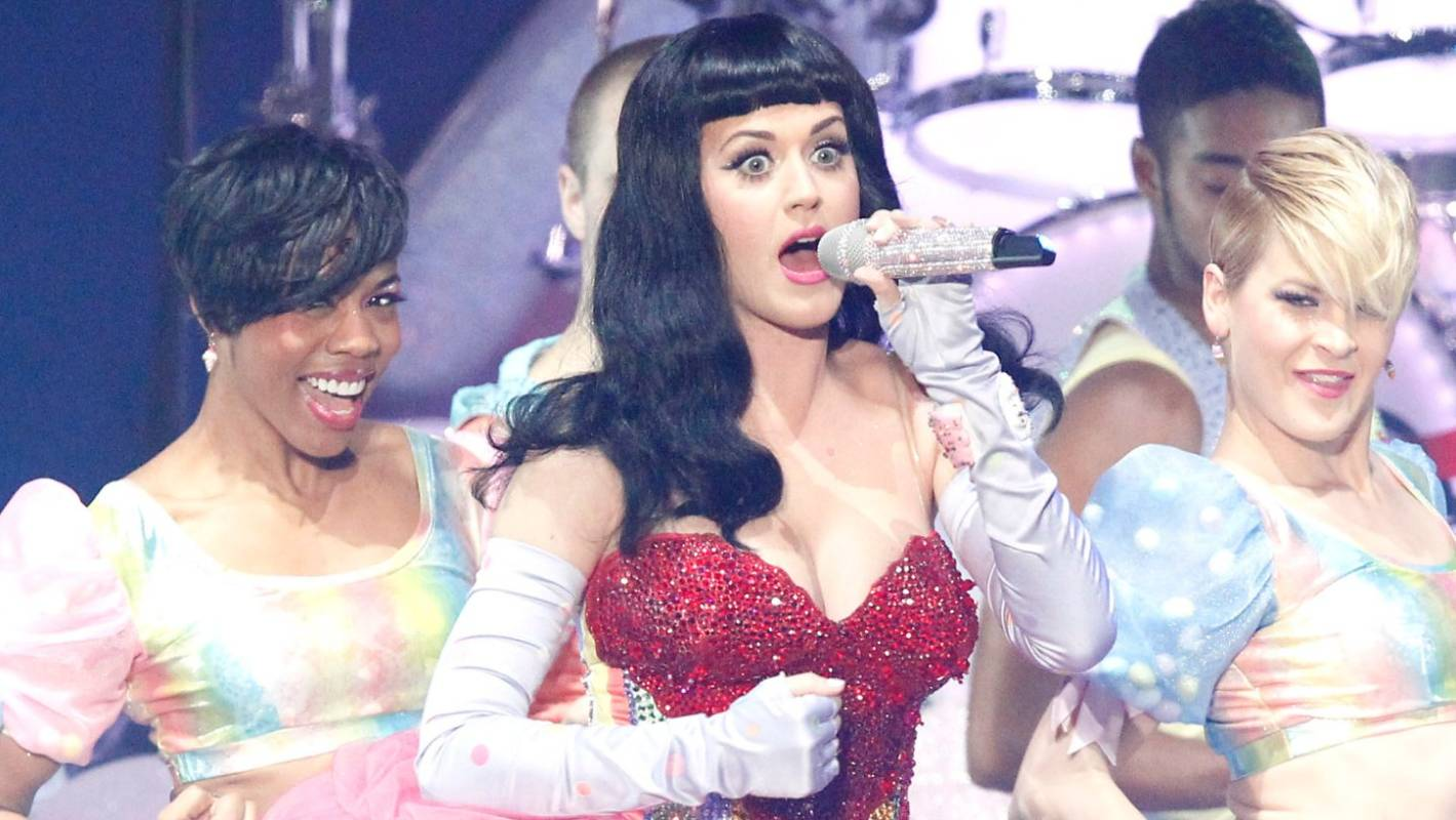 Katy Perry was once suspended from school for humping a 'Tom Cruise' tree