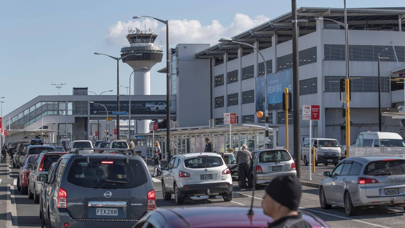 Bomb threat at Auckland airport's domestic terminal resolved