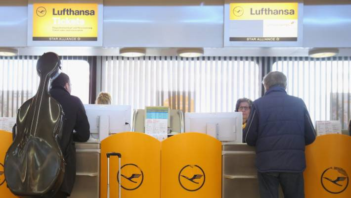 Lufthansa sues passenger, says he skipped a connecting flight on goal