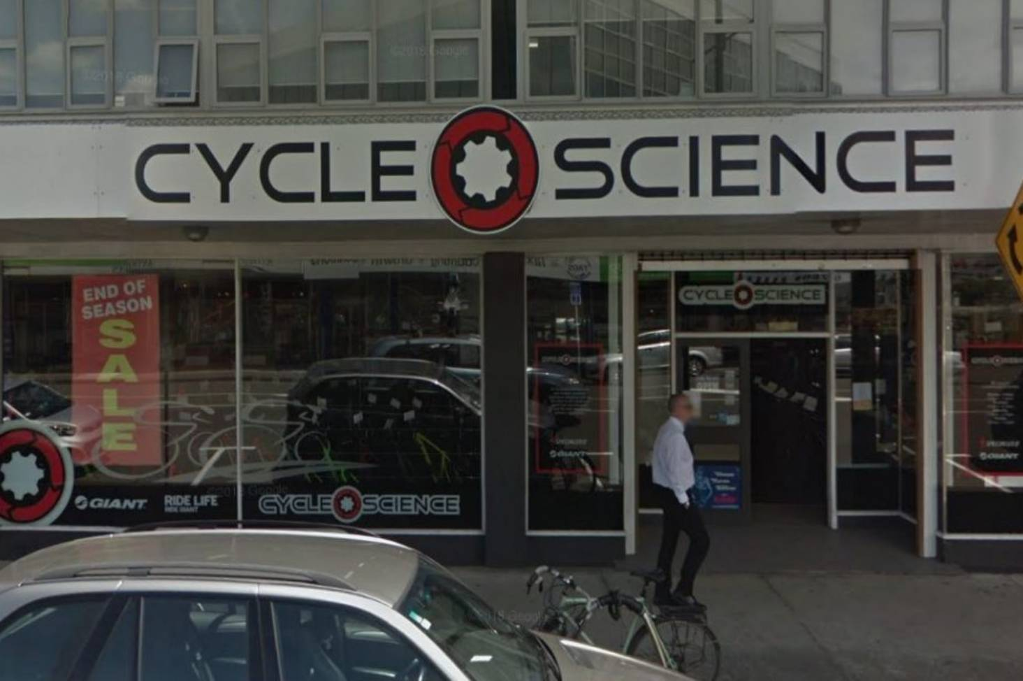 0b1cc555e7b Bicycle store staff nab fist-swinging robber in Lower Hutt  citizen s  arrest