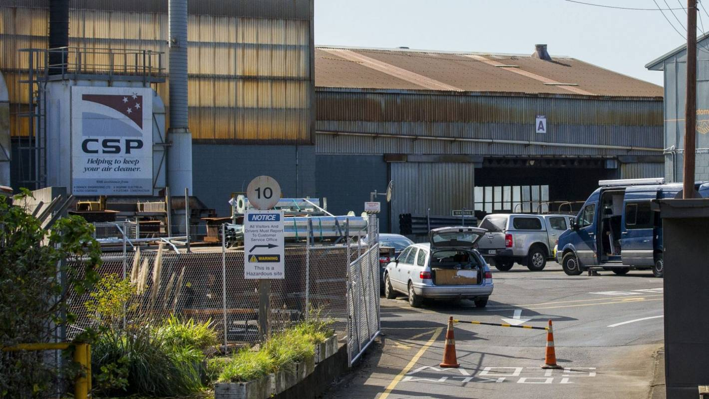 Worker crushed by steel framing at Auckland factory