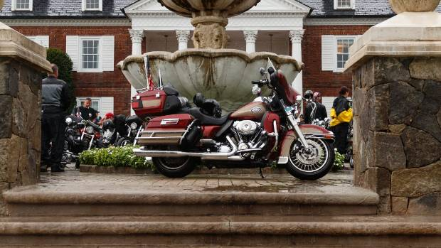 Trump supports boycott of Harley-Davidson as tariff tensions weigh