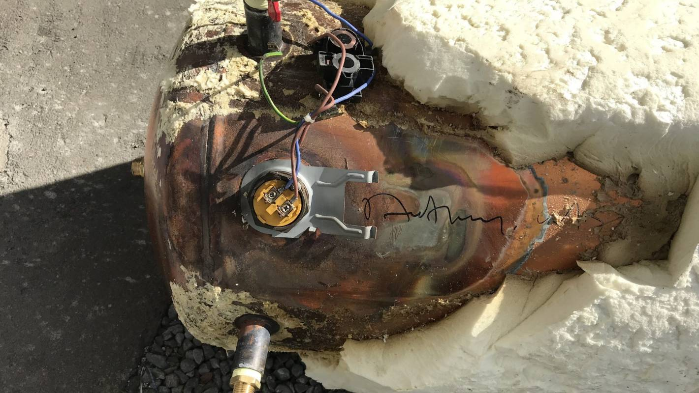Chlorine To Blame For Damaged Hot Water Cylinders In Christchurch An Electrical Wire With Pipe And White Background New Study Finds