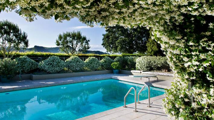 Get rid of a unwanted swimming pool | Stuff.co.nz