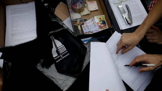 Movement encourages Argentines to quit Catholic church