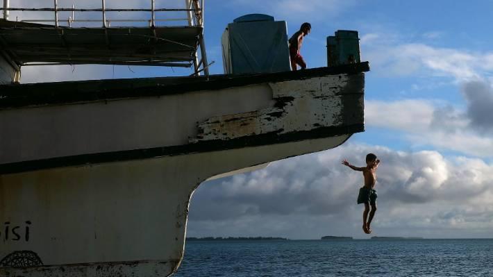 Humanitarian visa proposed for climate change refugees dead