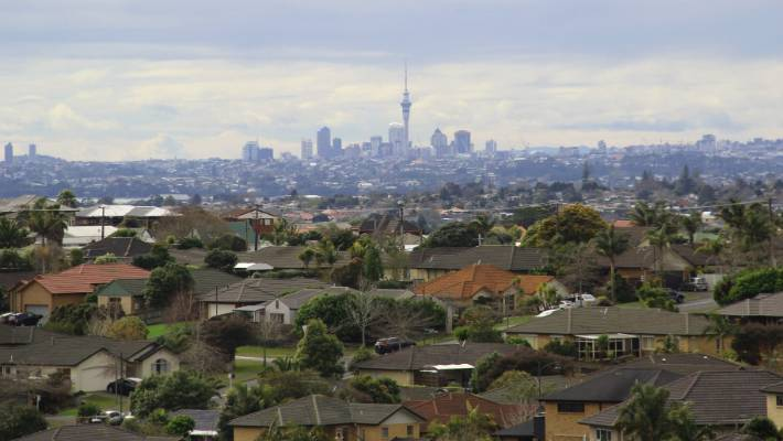 Chinese pour $1 5 billion into NZ housing market last year