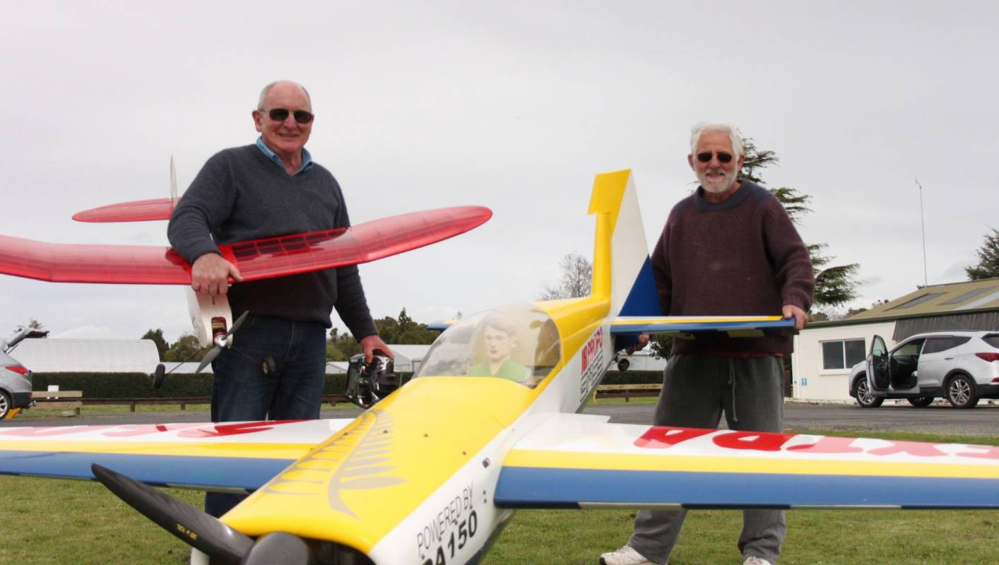 Radio Controlled And Gliding Over >> Model Flying New Zealand nationals look for Matamata paddocks to host competition | Stuff.co.nz