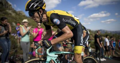 Kiwi cyclist George Bennett reckons he's given out more than a 1000 drink bottles to spectators on the side of the road.