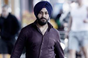 Indian migrants say Gurpreet Singh could help secure visas to stay in NZ.