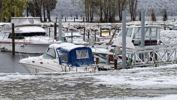 Boating seems very unlikely after a fall of snow in Te Anau overnight.
