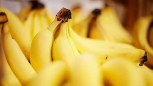Copycat fruit saboteur? Needle found in banana as Australian strawberry contamination spreads