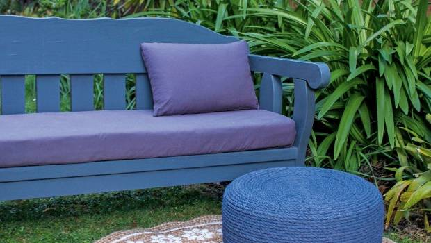 This super stylish outdoor footrest hides a recycled old tire.