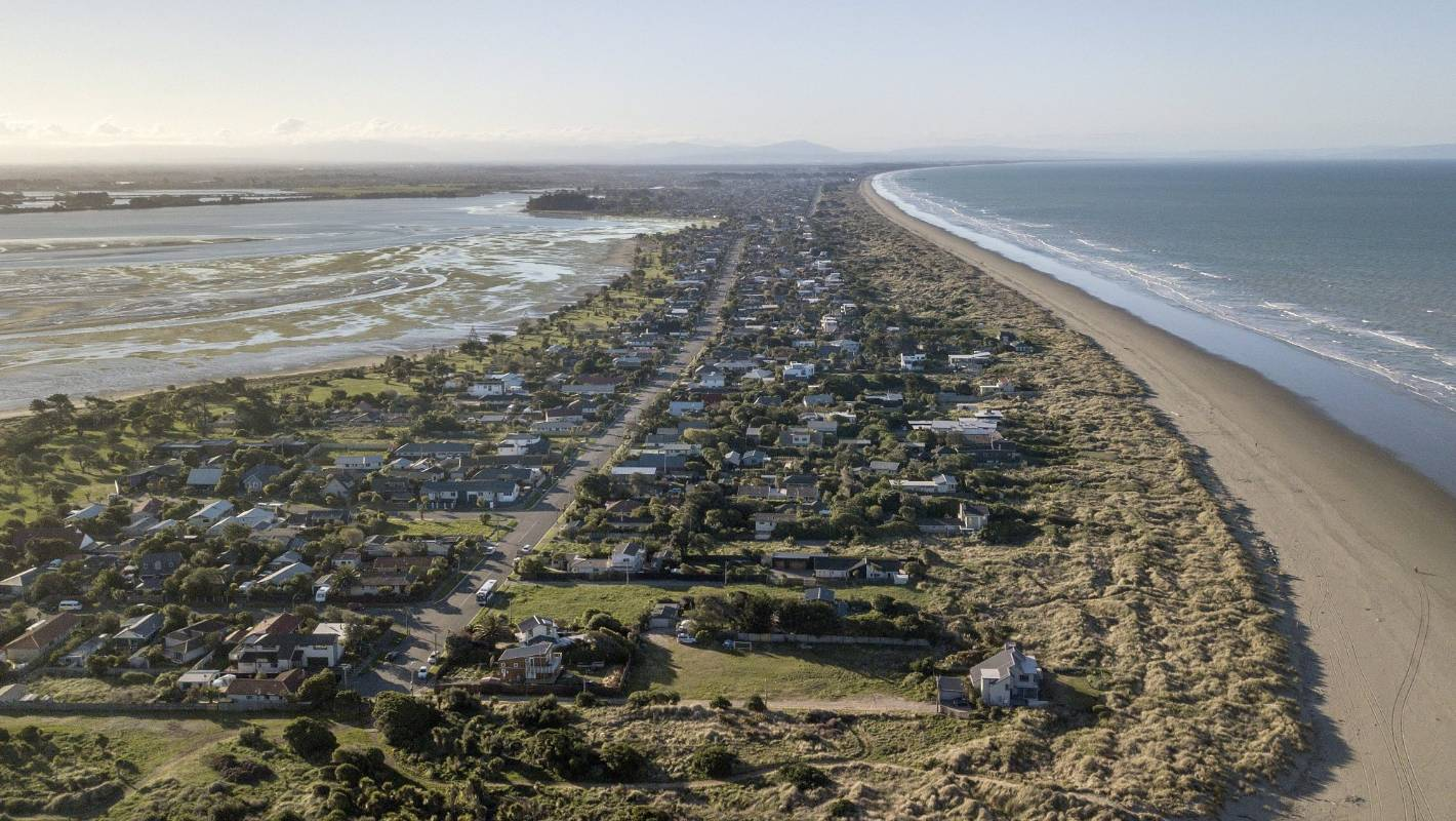 Does the taxpayer fund climate compensation for beachfront homeowners?