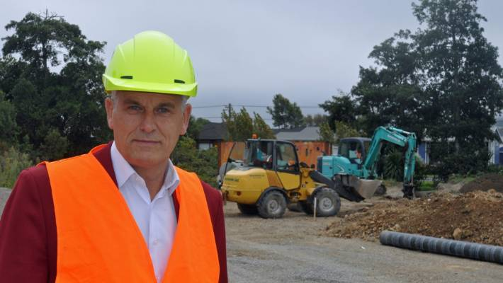 Twyford acknowledges problems as KiwiBuild is overwhelmed by proposals | Stuff.co.nz