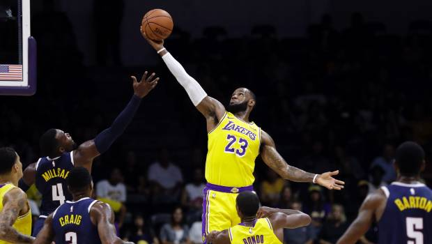 LeBron James makes LA Lakers debut