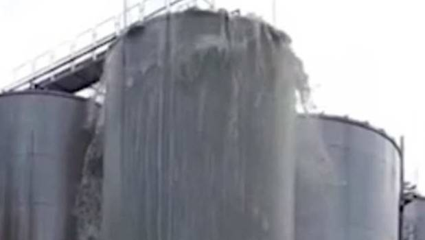 Prosecc-Oh No! 30,000 litres of wine explodes from silo