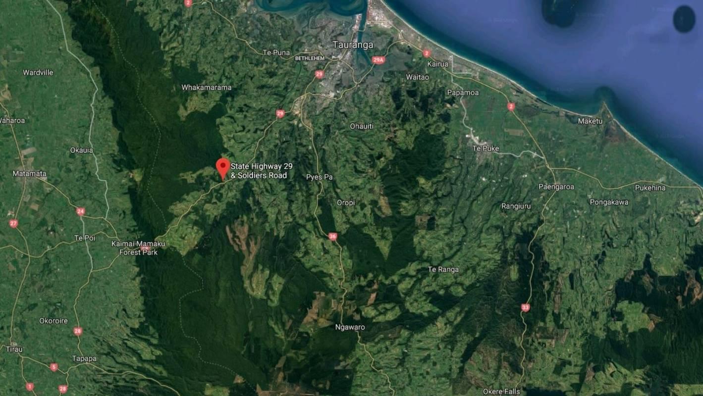 Rolled trailer closes SH29, Kaimai Ranges