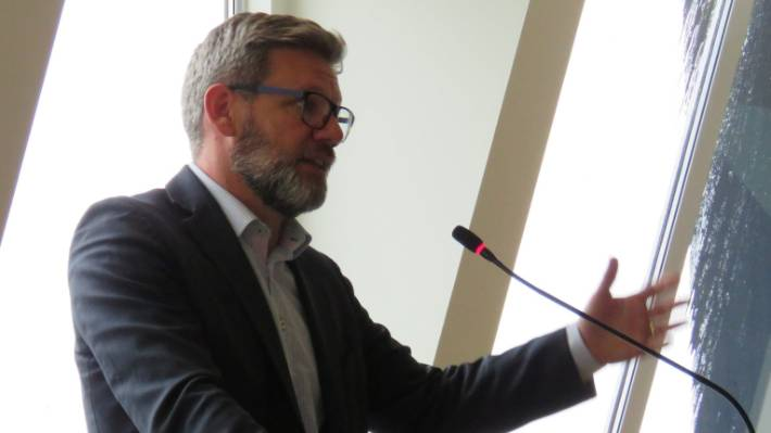Immigration minister Iain Lees-Galloway speaking to the Queenstown Chamber of Commerce.