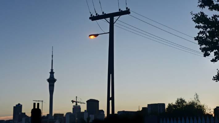 Power outages hit households in Auckland | Stuff co nz