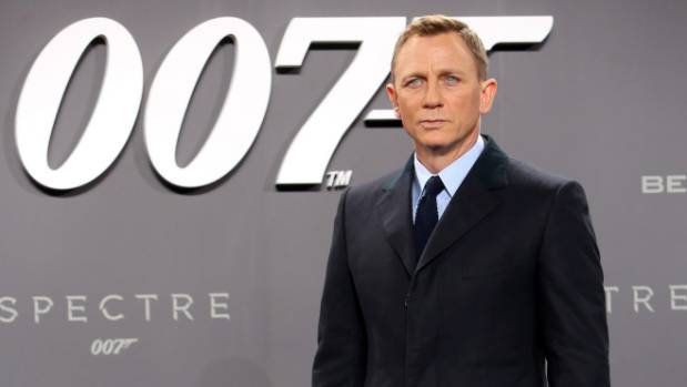 Many other dads spoke out on social media in support of Daniel Craig's baby carrier