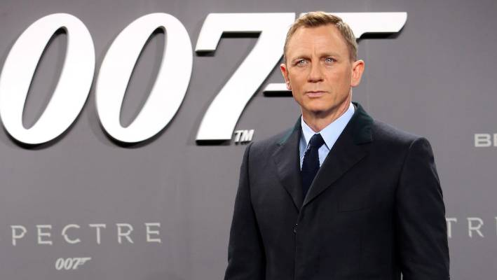 Actor Daniel Craig is the latest in a long series of drunk James Bonds.