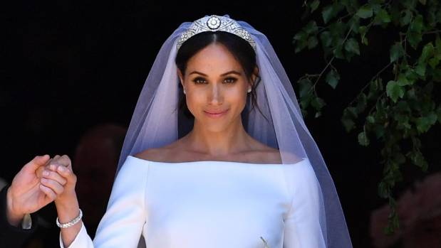 'Sexy' Meghan Markle-inspired bride costume on sale