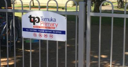 Temuka Primary School principal Grant Willocks says a 5-year-old student's mother raised the alarm on Wednesday when her ...