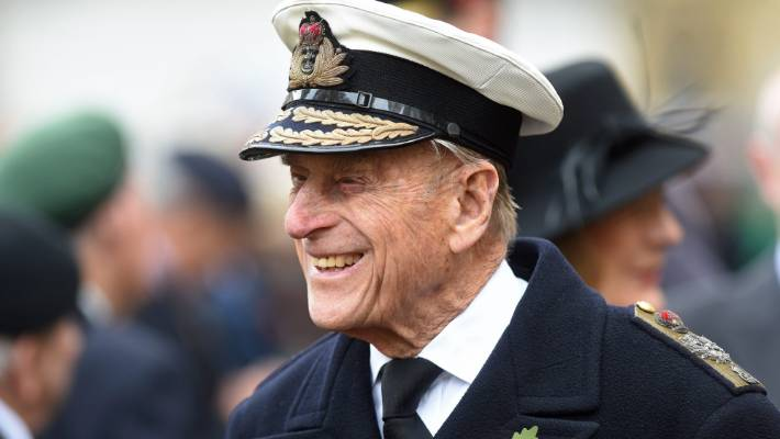 Prince Philip shaken up in auto crash