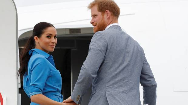 Duke and Duchess meet Jacinda Ardern as they arrive in New Zealand