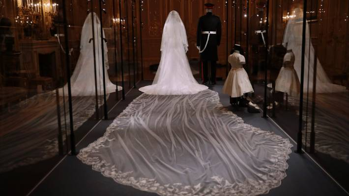 meghan markle s wedding gown goes on display at windsor castle stuff co nz meghan markle s wedding gown goes on