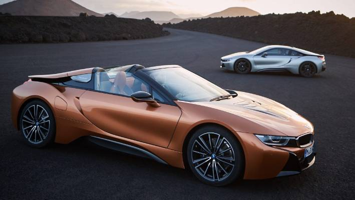 Roadster is part of the refreshed I8 range - but we think it looks even better than the coupe.