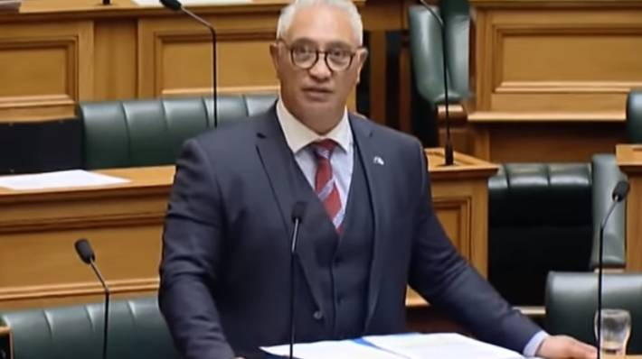 NZ parliament suspended as natural disaster rocks North Island