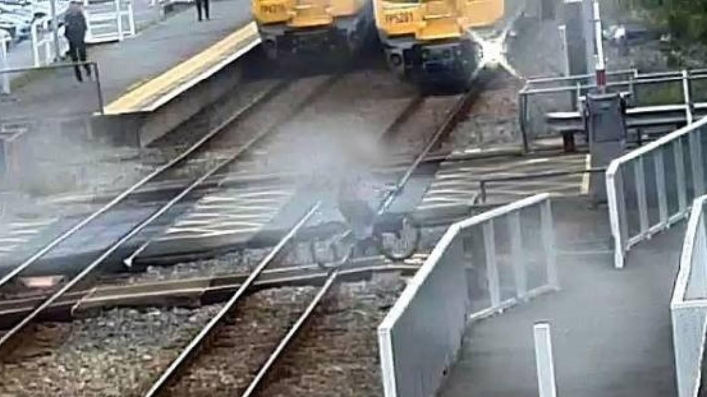 Terrifying Wellington Level Crossing Made Safer Stuff Co Nz