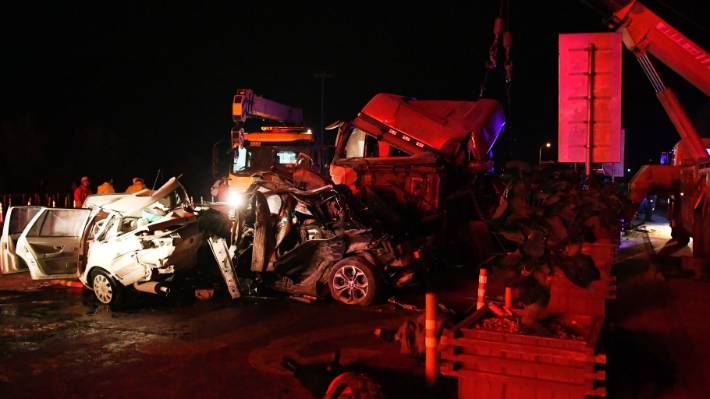 Death toll in China pile-up rises to 15 class=