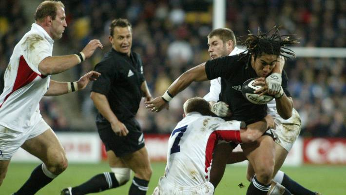 England managed to smother the potent All Blacks attack to earn their famous 2003 victory in Wellington a win that set up their successful World Cup campaign in Australia later that year