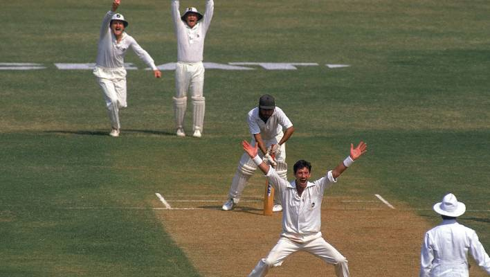 That famous Hadlee appeal gets another wicket on the 1988 tour of India.