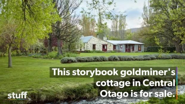 Magazine editor Kate Coughlan farewells her dream cottage | Stuff co nz