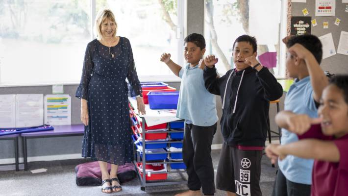Te Papapa School principal Robyn Curry says she was confused at the ministry's decision the school should be zoned. She mused that an unzoned school may not be seen as desirable.