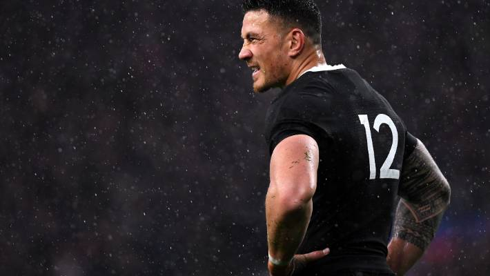 Sonny Bill Williams keeps his 'professional and private lives separate', says his rugby playing cousin Nick Williams.