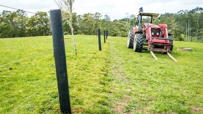 bc8c1005d13 New Zealand s old plastic bags will be made into fence posts for ...