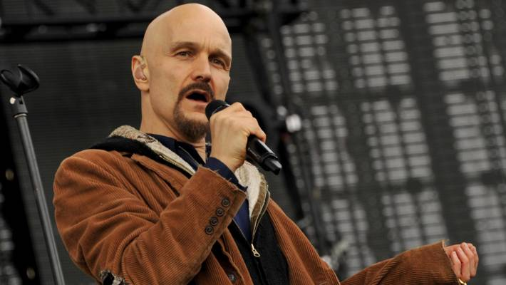 Before their tour to New Zealand singer singer James Tim Booth revealed that his family had been evacuated from their home in California because of the fires there.