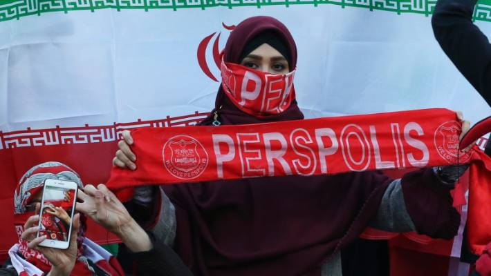 Iran women attend football final in 35-year first