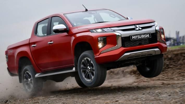 How to get a Dakar Rally winner to the building site: Masuoka Hiroshi Masuoka.