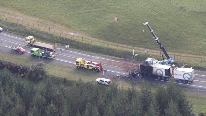 Deadly Truck And Car Crash On State Highway 1 In Waikato Stuff Co Nz
