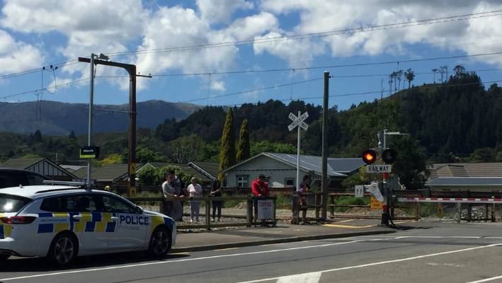 The fatal event was approximately 150m to the south of a level crossing near Wallaceville Station.
